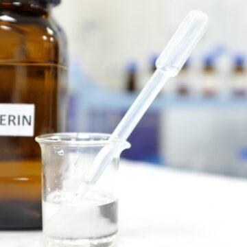 Is Glycerin Safe To Use On Fungal Acne (Malassezia Folliculitis) Prone Skin?